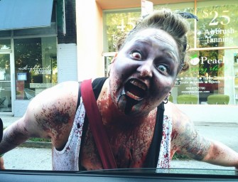Family terrorized by zombies IRL OMG